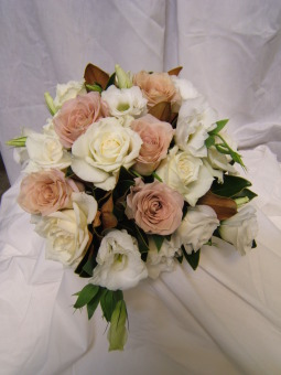 Bride' s Maid Bouquets